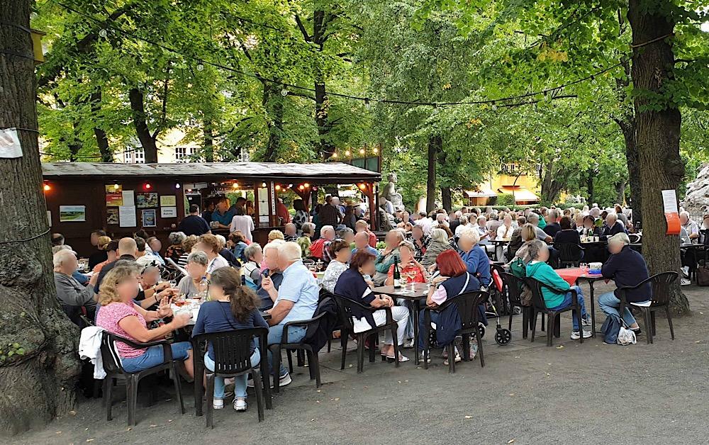 BYOF on Rüdesheimer Platz - DriverGuides Berlin